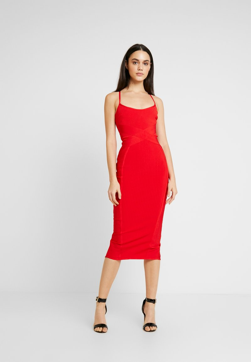 Missguided - CROSS FRONT BANDAGE CAMI DRESS - Fodralklänning - red