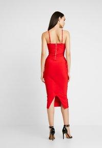 Missguided - CROSS FRONT BANDAGE CAMI DRESS - Pouzdrové šaty - red - 3