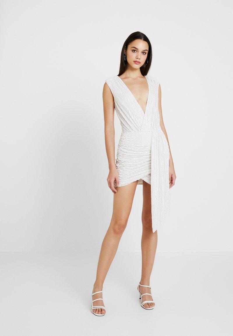 Missguided - BEADED TASSEL MIDAXI DRESS - Cocktailkleid/festliches Kleid - white