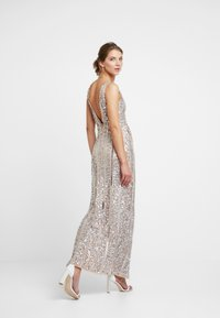 Missguided - PLUNGE EMBELISHED SPLIT LEG MAXI DRESS - Occasion wear - silver - 3