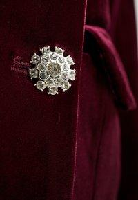 Missguided - LIGHT MAGIC BUTTON BLAZER DRESS - Vestito estivo - burgundy - 5