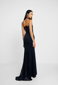 Missguided - BRIDESMAID HALTERNECK FISHTAIL MAXI - Galajurk - navy - 3