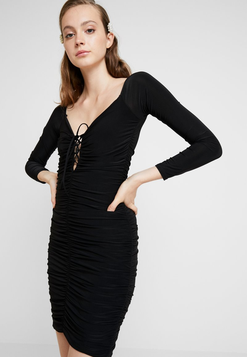 Missguided - SLINKY RUCHED MINI DRESS - Robe fourreau - black