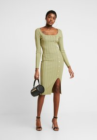 Missguided - NECK MIDI DRESS WITH BUTTON SIDE DETAIL - Robe fourreau - green - 1