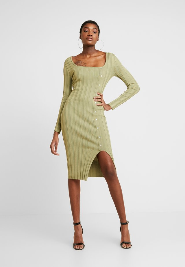 NECK MIDI DRESS WITH BUTTON SIDE DETAIL - Shift dress - green
