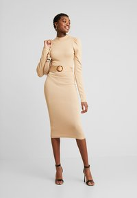 Missguided - PUFF SLEEVE BELTED MIDAXI DRESS - Jumper dress - nude - 1
