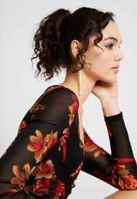 Missguided - LONG SLEEVE CORSET SEAM FLORAL PRINT DRESS - Robe fourreau - multi - 4