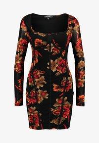 Missguided - LONG SLEEVE CORSET SEAM FLORAL PRINT DRESS - Robe fourreau - multi - 5