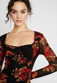 Missguided - LONG SLEEVE CORSET SEAM FLORAL PRINT DRESS - Robe fourreau - multi - 6