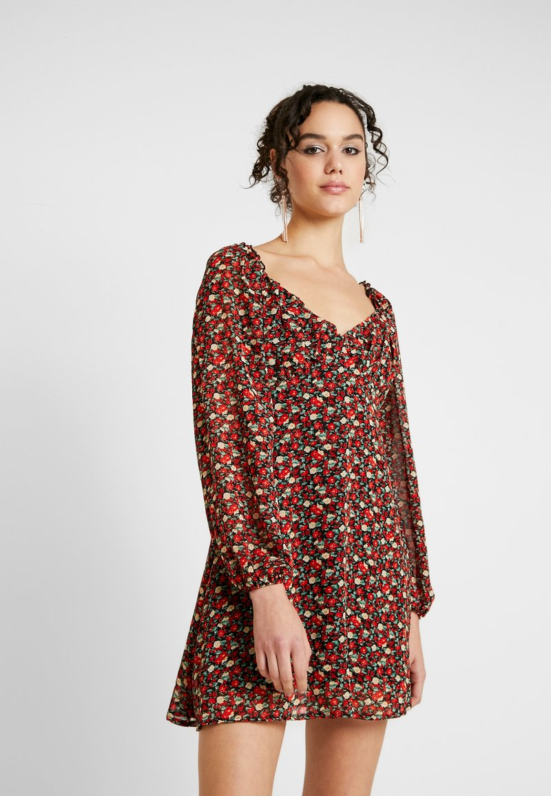 Missguided - MILKMAID DRESS FLORAL - Kjole - red