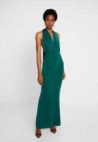Missguided - SLINKY MULTIWAY DRESS - Společenské šaty - green teal - 0
