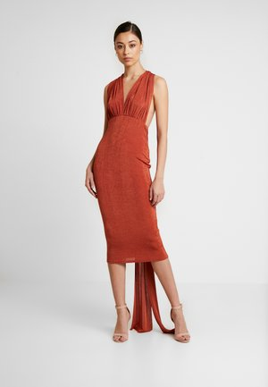 SLINKY MULTIWAY MIDI DRESS - Jerseyjurk - rust