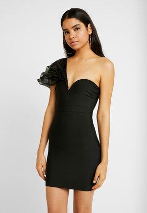 PREMIUM BANDAGE DETAIL BANDEAU MINI DRESS - Koktejlové šaty/ šaty na párty - black