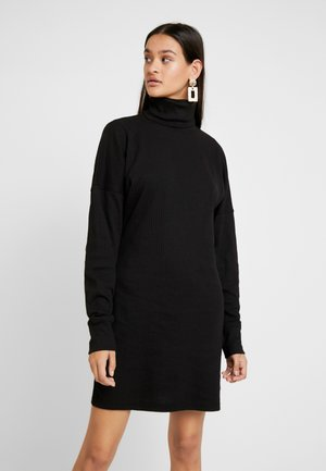 OVERSIZED ROLL NECK DRESS - Gebreide jurk - black