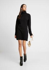 Missguided - OVERSIZED ROLL NECK DRESS - Jumper dress - black - 2
