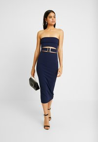 Missguided - CUT OUT BABDEAU BUCKLE MIDAXI DRESS - Etuikjole - navy - 2