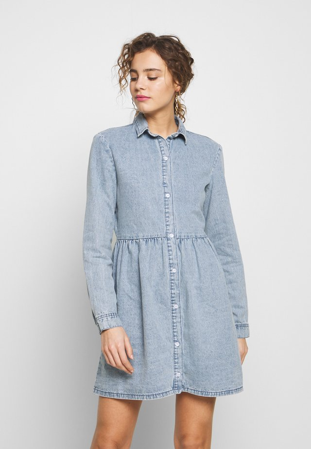 SMOCK DRESS - Denim dress - blue