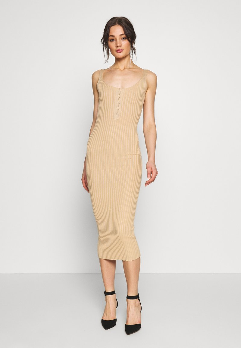 Missguided - POPPER RIBBED KNITTED MIDAXI DRESS - Gebreide jurk - camel