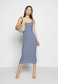Missguided - DRESS - Etui-jurk - denim blue - 1