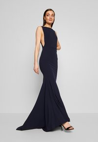 Missguided - BRIDESMAID SLEEVELESS LOW BACK DRESS - Společenské šaty - navy - 1
