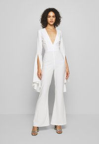 Missguided - PLUNGE FLARE SLEEVE  - Tuta jumpsuit - white - 0