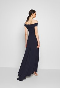 Missguided - BRIDESMAID LACE INSERT BARDOT GOWN - Vestido de fiesta - navy - 2
