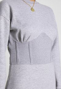 Missguided - OVERSIZED CORSET DRESS - Robe d'été - grey marl - 4