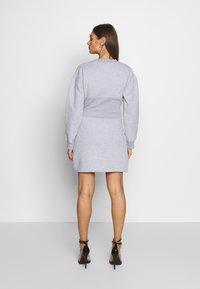 Missguided - OVERSIZED CORSET DRESS - Robe d'été - grey marl - 2
