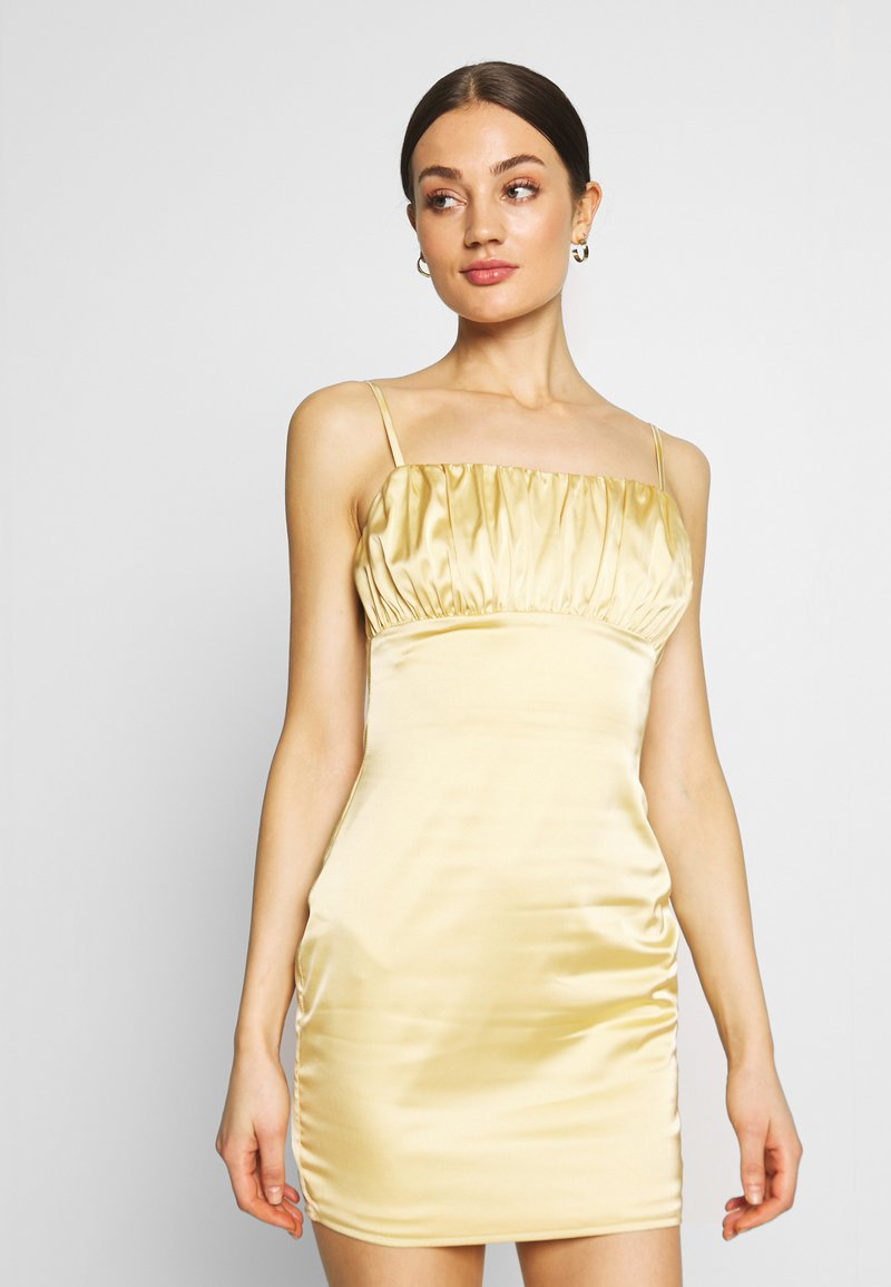Missguided - RUCHED BUST MIDI DRESS - Cocktailklänning - pale yellow