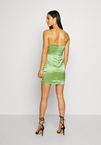 Missguided - RUCHED BUST MIDI DRESS - Cocktail dress / Party dress - pale green - 2