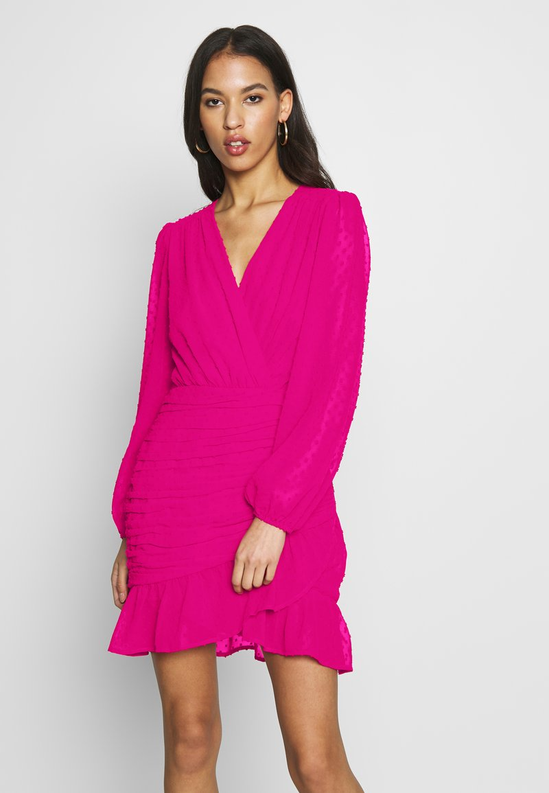 Missguided - DOBBY RUCHED DETAIL FRILL MINI DRESS - Vestido informal - pink