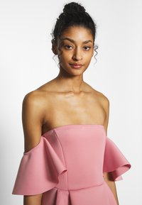 Missguided - BARDOT HIGH LOW MIDI DRESS - Vestido de cóctel - blush - 3