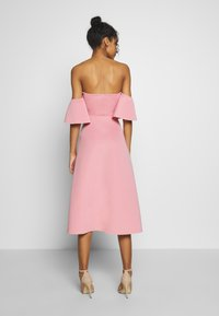 Missguided - BARDOT HIGH LOW MIDI DRESS - Vestido de cóctel - blush - 2