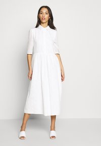 Missguided - SMOCK SHIRT MIDI DRESS - Skjortekjole - white - 0