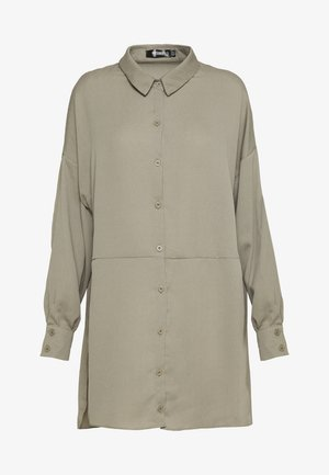 TEXTURED UTILITY SHIRT DRESS - Robe d'été - sage green