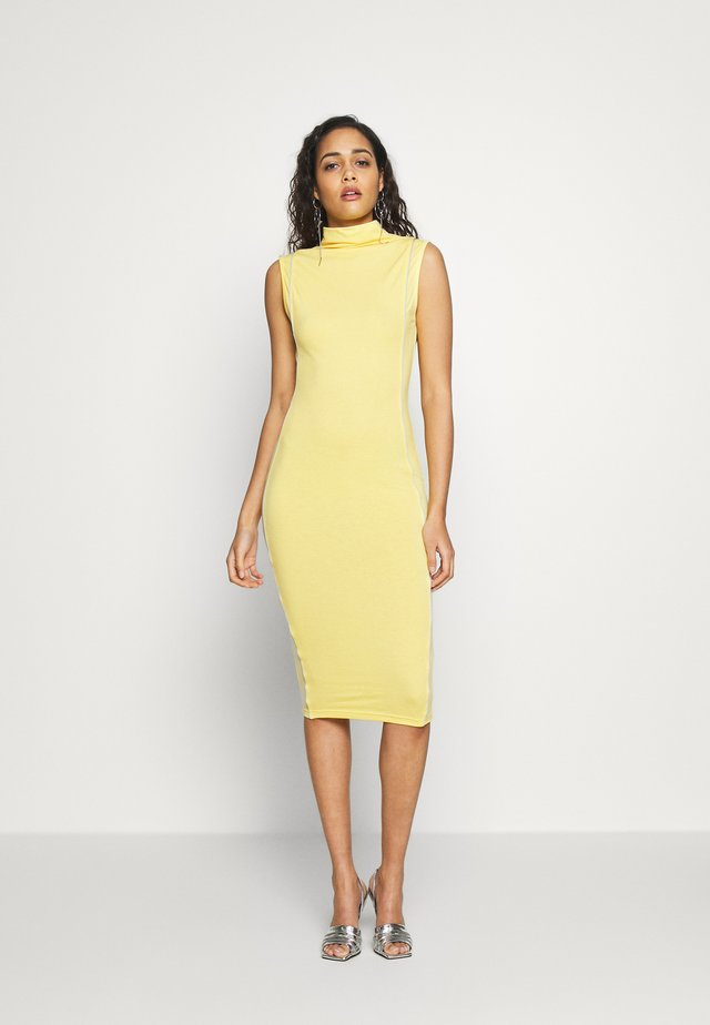 CODE CREATE REFLECTIVE DETAIL MAXI DRESS - Jerseykleid - yellow
