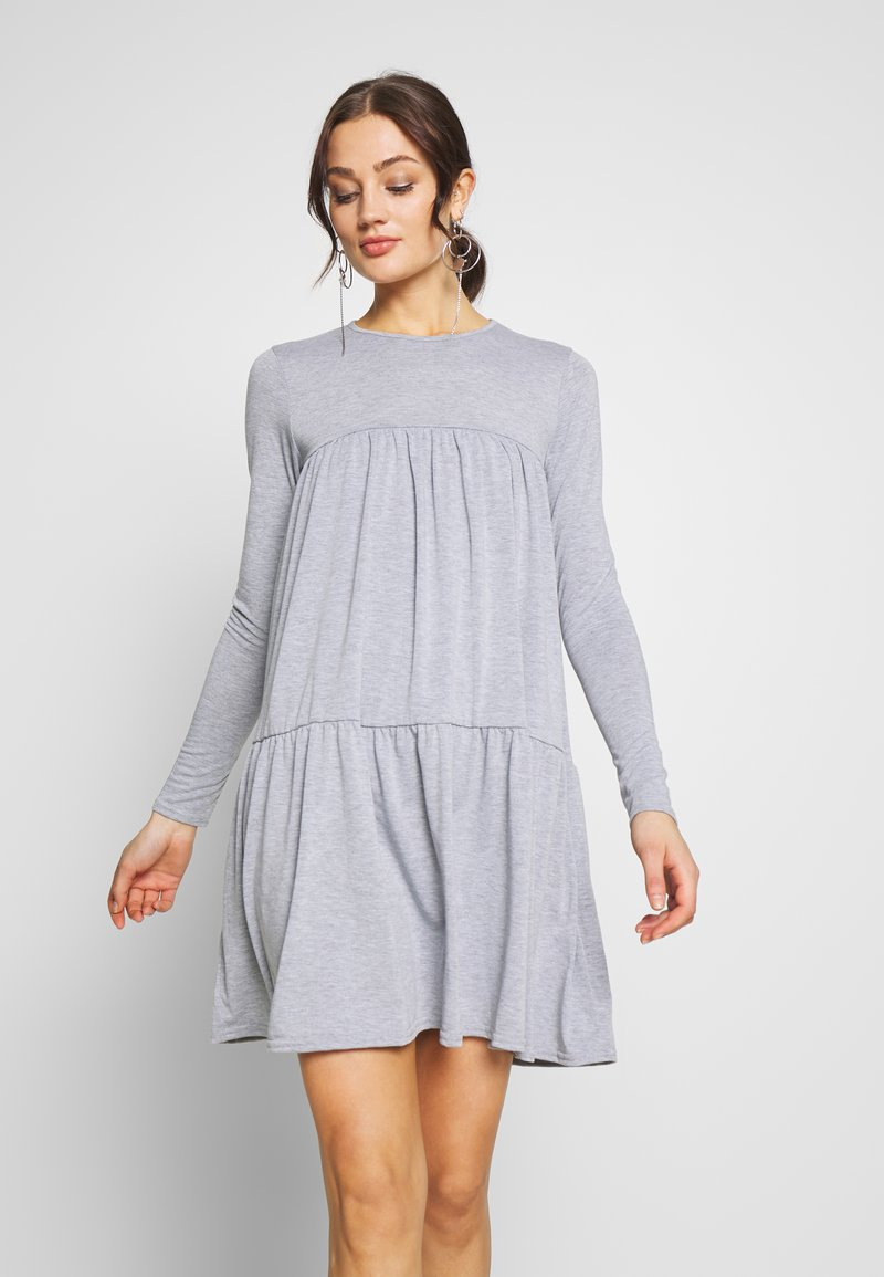 Missguided - TIERED SMOCK DRESS - Jersey dress - grey