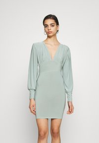 Missguided - SLINKY PLUNGE MINI BODYCON DRESS - Robe fourreau - mint - 0