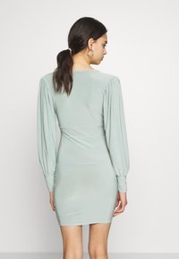 Missguided - SLINKY PLUNGE MINI BODYCON DRESS - Robe fourreau - mint - 3