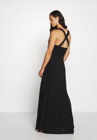 Missguided - SLINKY COWL NECK CROSS BACK MAXI DRESS - Vestido de fiesta - black - 2