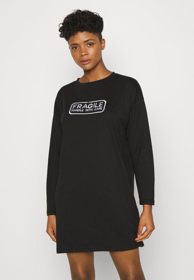GRAPHIC LONG SLEEVE DRESS - Jersey dress - black