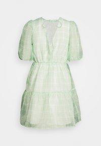 Missguided - PUFF SKATER DRESS  - Koktejlové šaty/ šaty na párty - green - 1