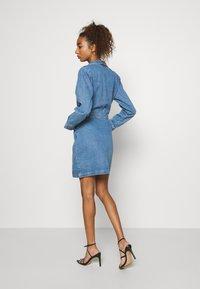 Missguided - BLAZER FIT DRESS  - Manteau court - mid blue - 2