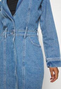 Missguided - BLAZER FIT DRESS  - Manteau court - mid blue - 6