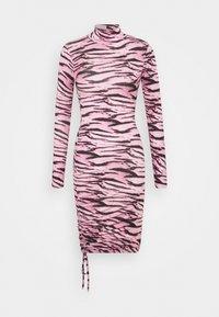 Missguided - TIGER PRINT SLINKY RUCHED MINI DRESS - Shift dress - lilac - 4