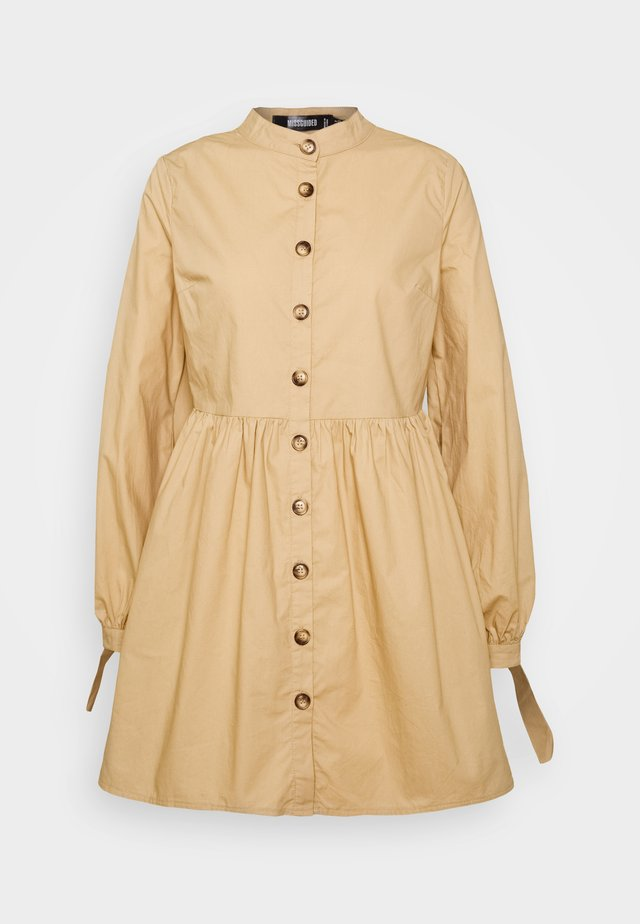 TIE CUFF DRESS - Sukienka koszulowa - stone