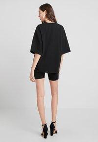 Missguided - DROP SHOULDER OVERSIZED 2 PACK - T-shirts - black/grey - 3