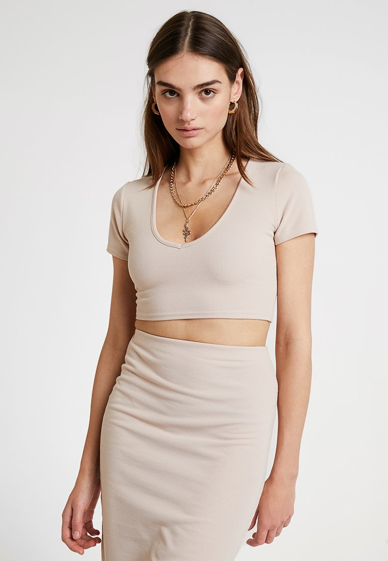 Missguided - BRUSHED CROP - Print T-shirt - stone