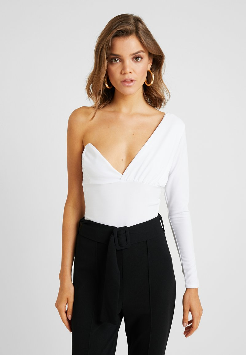 Missguided - ONE SHOULDER LONG SLEEVE BODYSUIT - Pitkähihainen paita - white