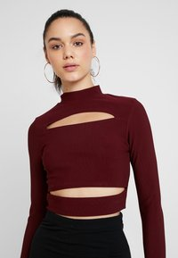 Missguided - CUT OUT CROP - Long sleeved top - burgundy - 3